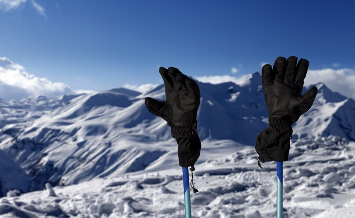 ad89effe0c9 The 7 Best Ski Gloves Reviewed   Rated  2018-2019