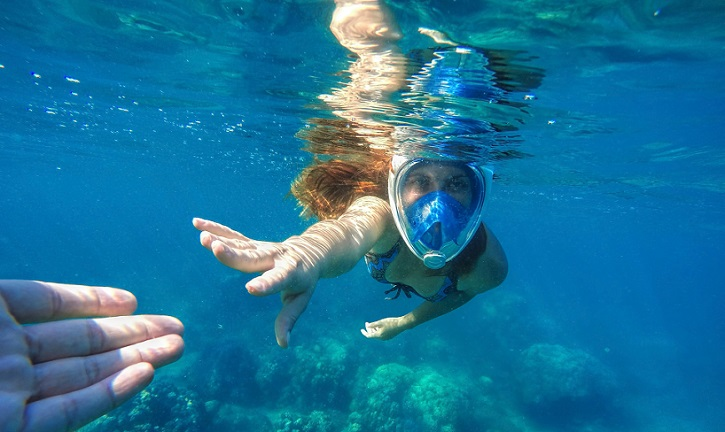 The 5 Best Full Face Snorkel Masks Reviewed 2017