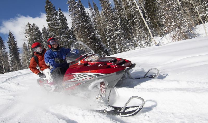 The 5 Best Snowmobile Gloves Reviewed [2018-2019] | Outside