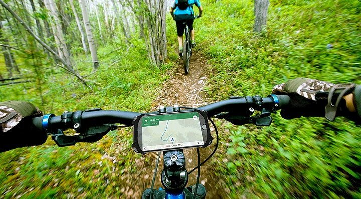 The 7 Best Bike Phone Mounts Reviewed For 2018