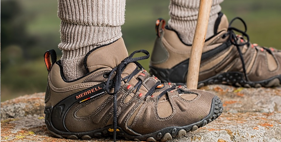 footware for hiking