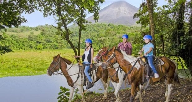 Horse Back Riding Tours in Costa Rica