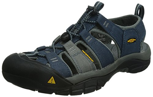 91bfdb1d000 The 10 Best Hiking Sandals Reviewed For 2019