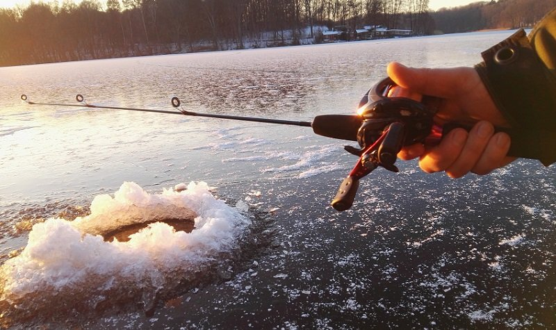 The 5 Best Ice Fishing Reels Reviewed For 2018 Outside
