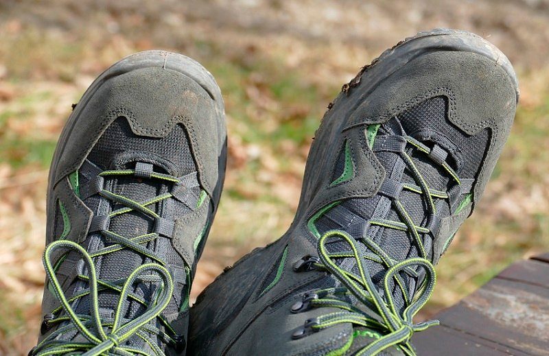 best waterproof hiking shoes