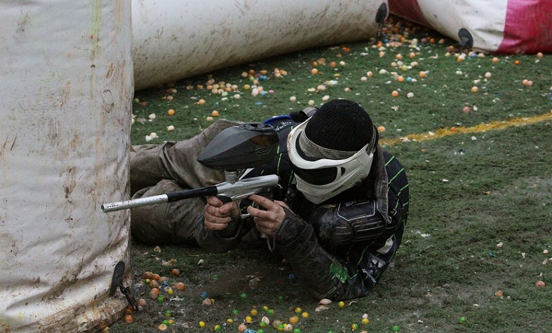 Tips and Tactics For Improving Your Paintballing Game
