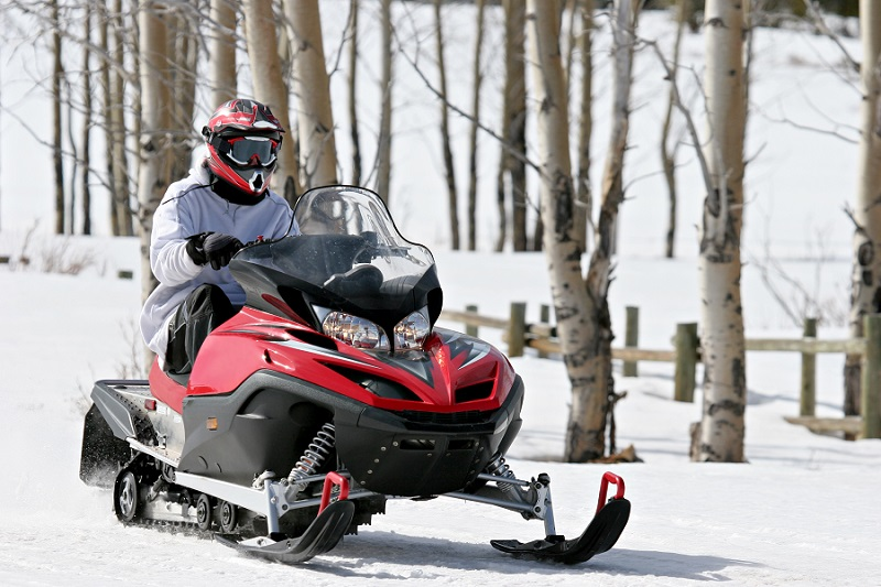 beginners guide to snowmobiling