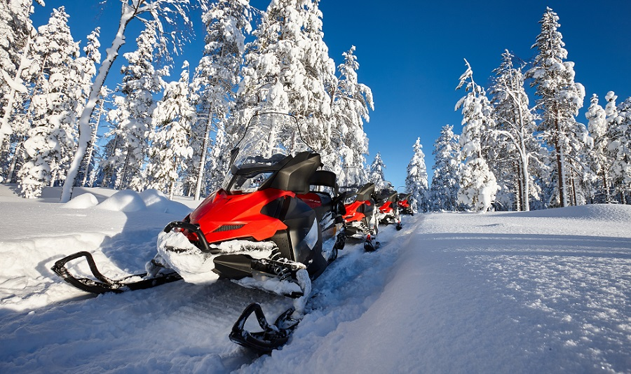 how to snowmobile