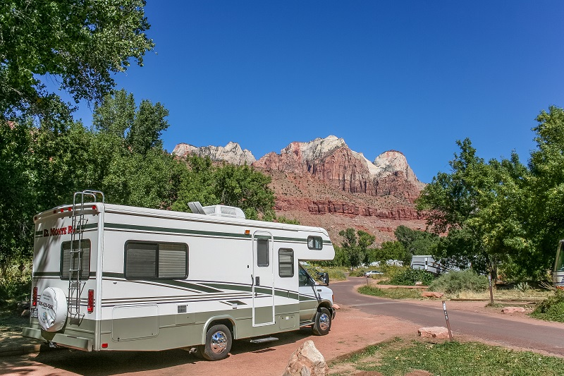 The 5 Best RV Deep Cycle Batteries Reviewed For 2019 | Outside Pursuits