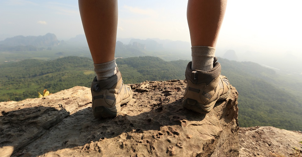 The 7 Best Hiking Shoes For Women Reviewed - 2019 ...