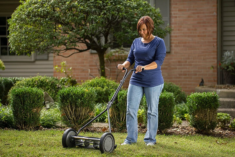 The 5 Best Reel Mowers - [Reviews & Guide 2019] | Outside