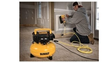 DEWALT best portable air compressor feature image 1