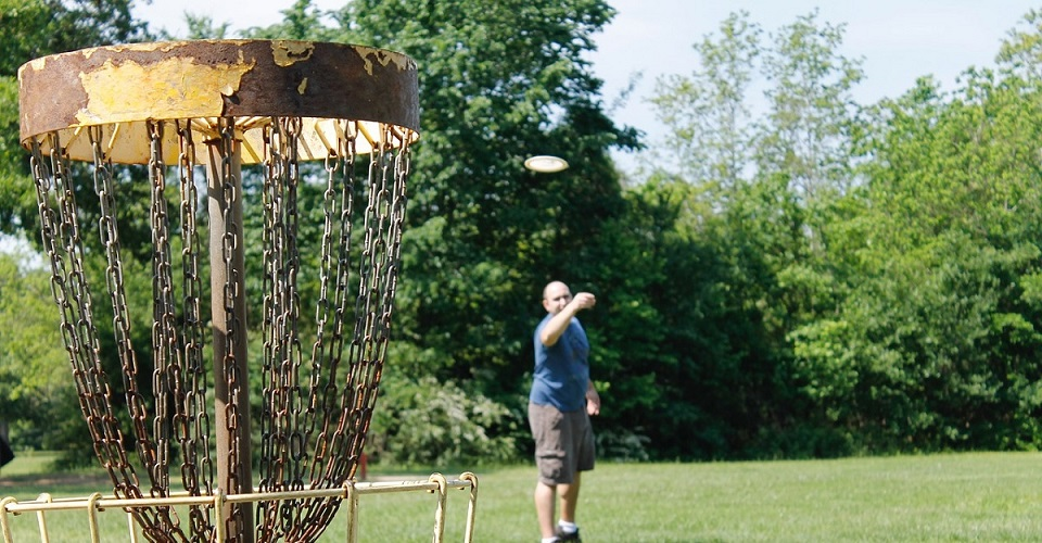 How To Get Started Playing Disc Golf - Rules & Etiquette