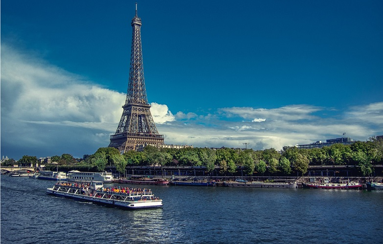 best seine river dinner cruise