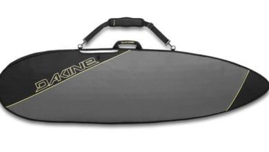 Dakine-Daylight-Thruster handle surfboard travel bag feature