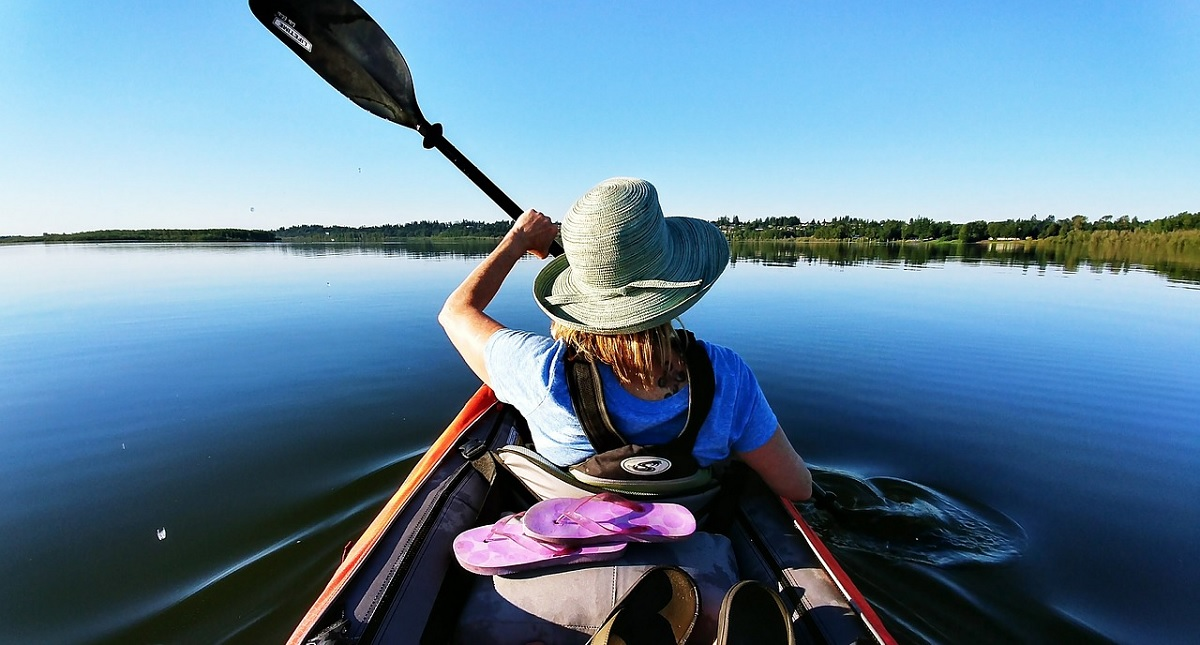 Tips For Kayaking Safely