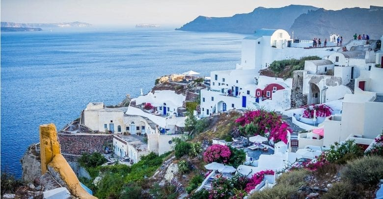 Best Boat Trips From Santorini